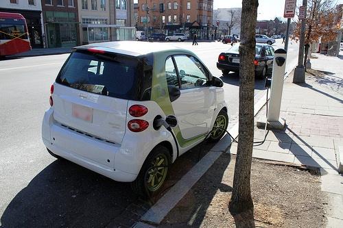 Curbside charging in Washington D.C.