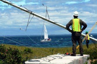 Offshore wind power developer Deepwater Wind installs a meteorological tower on