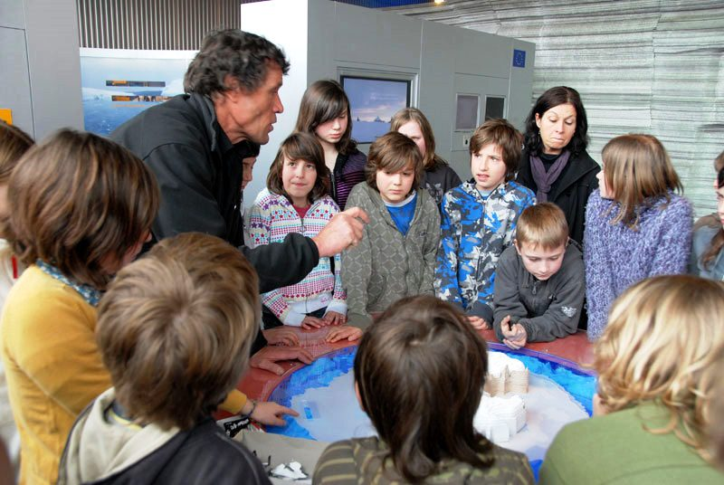 Course on climate change for schoolchidren led by the International Polar Founda