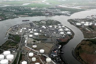 Tremley Point oil refinery on the Arthur Kill and Rahway River, Linden, New Jers