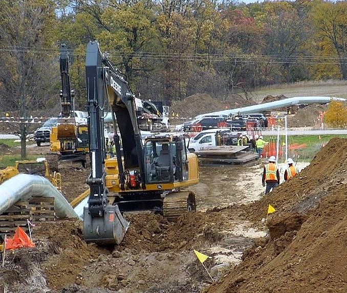 Enbridge construction of the new 6B pipeline in Michigan, October 2012.