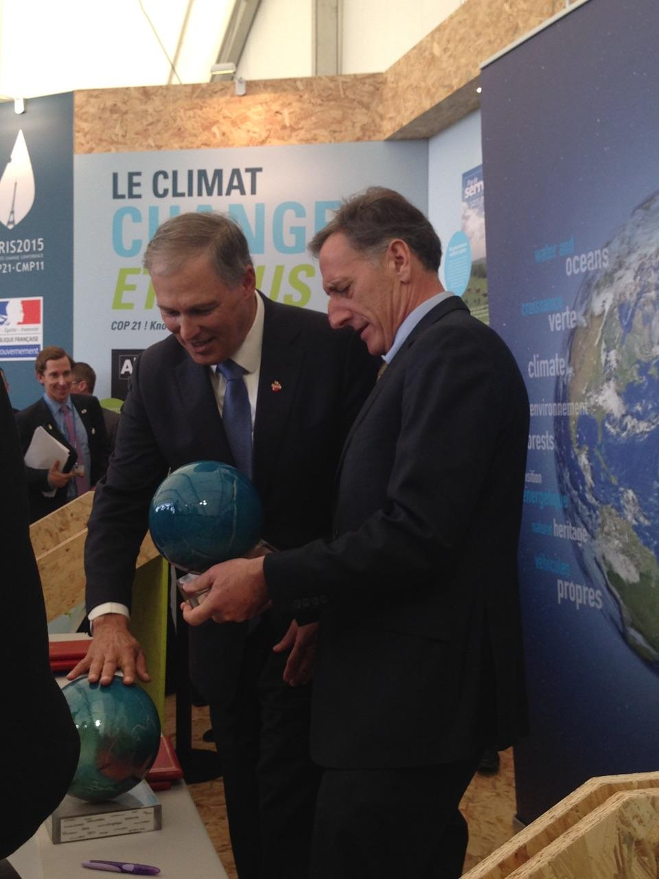 Vermont Gov. Peter Shumlin with Washington Gov. Jay Inslee at the international climate change conference in Paris