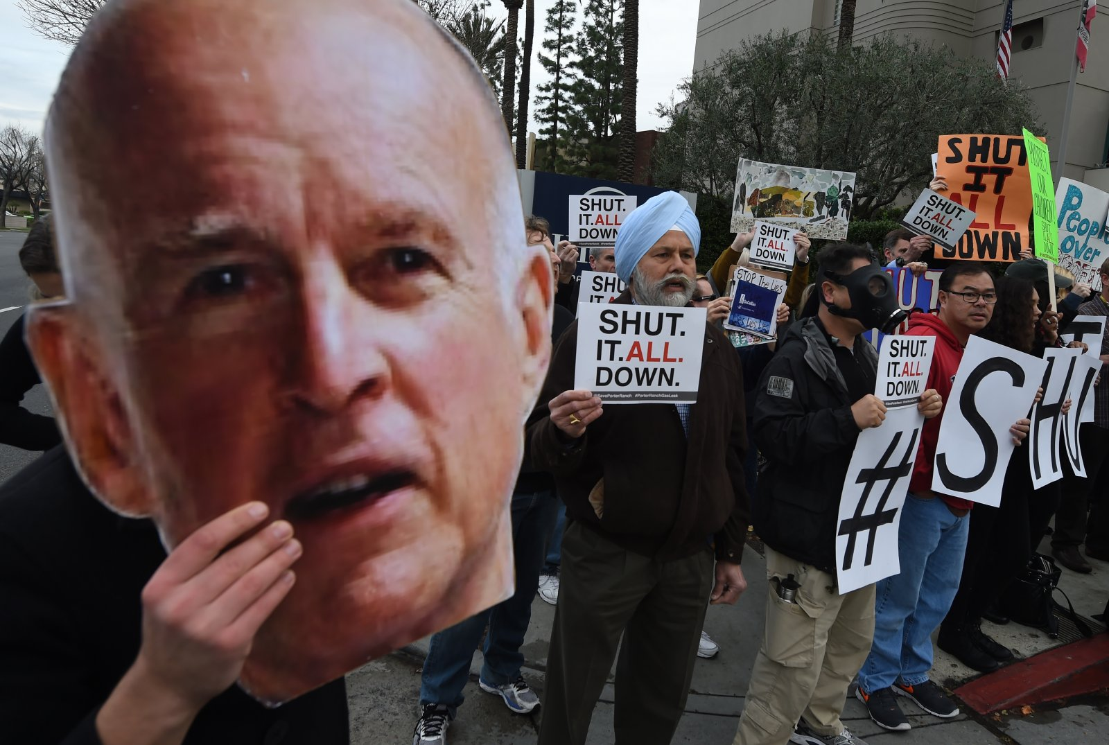 People protesting in Aliso Canyon want the whole gas storage facility shut down.