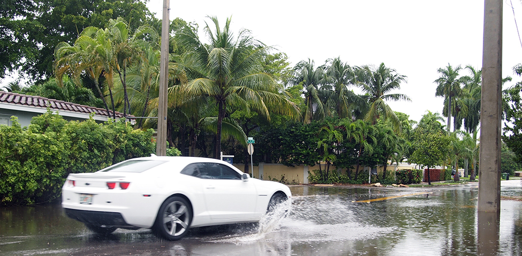 Flooded street in Fort Lauderdale