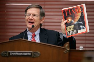 Rep. Lamar Smith led a group of Congressmen complaining about investigations of Exxon