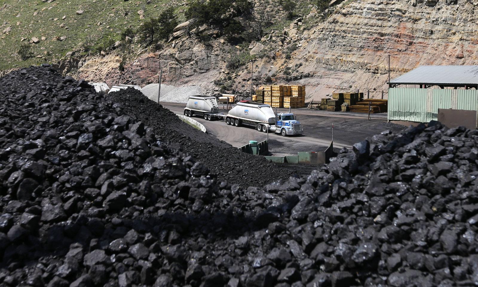 Coal mining in Salina, Utah
