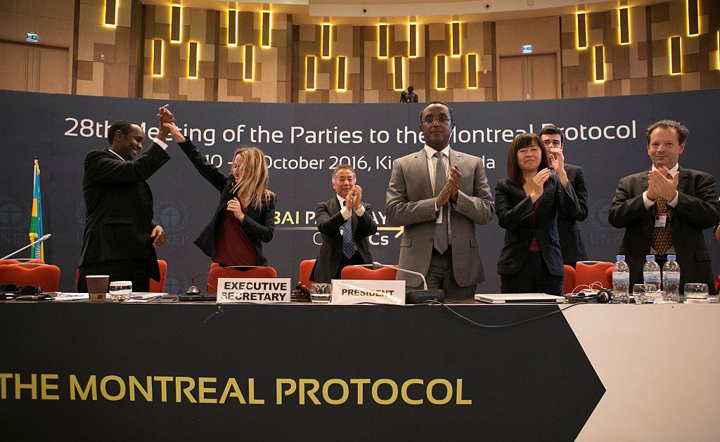 Negotiators celebrate UN international accord on HFCs in Kigali, Rwanda