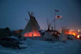 Native American leaders want the Dakota Access protesters to leave their camp