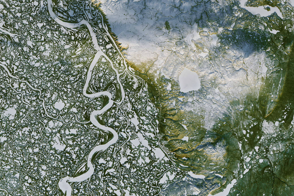 Mackenzie River Delta as seen by satellite. Credit: NASA Earth Observatory/Joshua Stevens