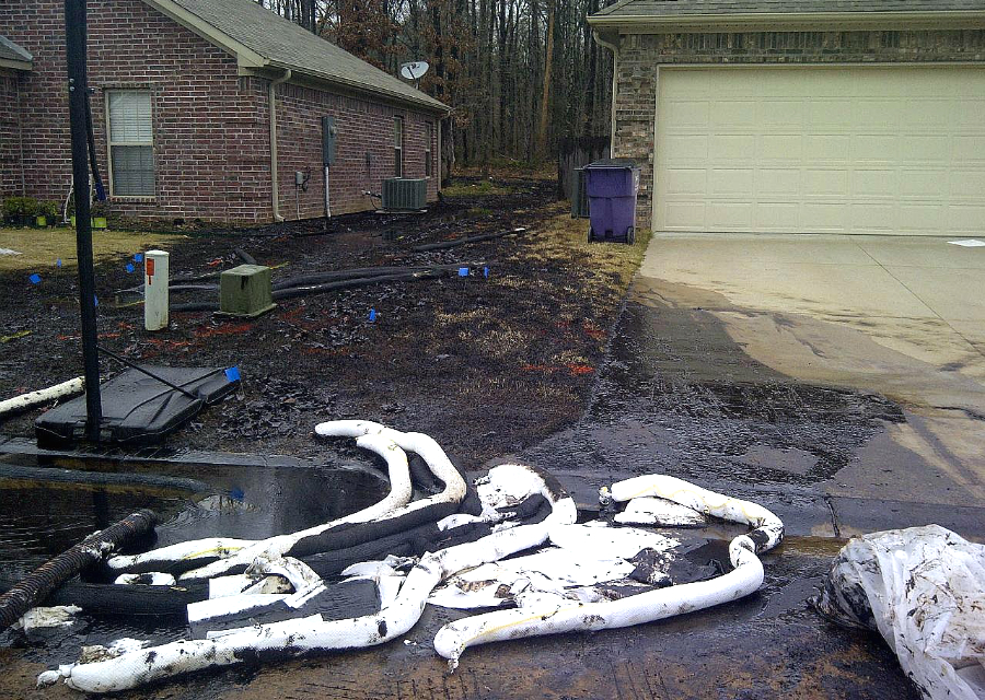 A break in Exxon's Pegasus Pipeline sent heavy tar sands crude oil spilling into a neighborhood of Mayflower, Arkansas, in 2013. Credit: U.S. EPA