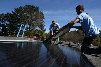 Solar panel installation. Credit: Justin Sullivan/Getty Images