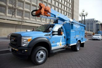 PG&E is used hybrid electric bucket trucks. Credit: PG&E