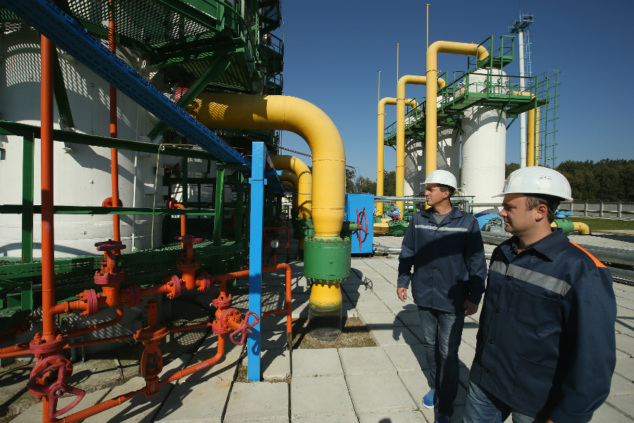 A natural gas facility. Credit: Sean Gallup/Getty Images