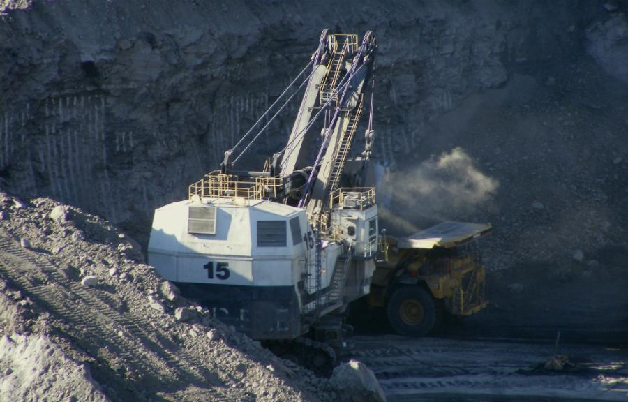 Coal mining in the Powder River Basin. Credit: Bureau of Land Management