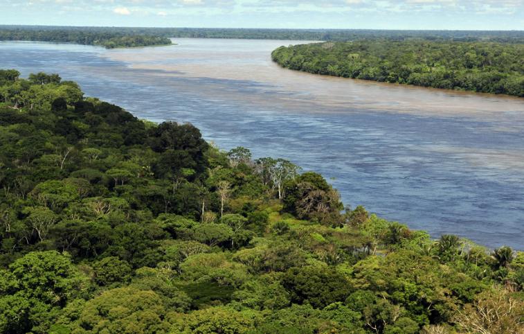Amazon River Basin. Credit: Neil Palmer/CIAT