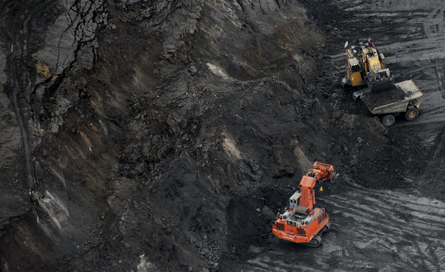 Tar sands excavation in Alberta. Credit: Mark Ralston/Getty Images