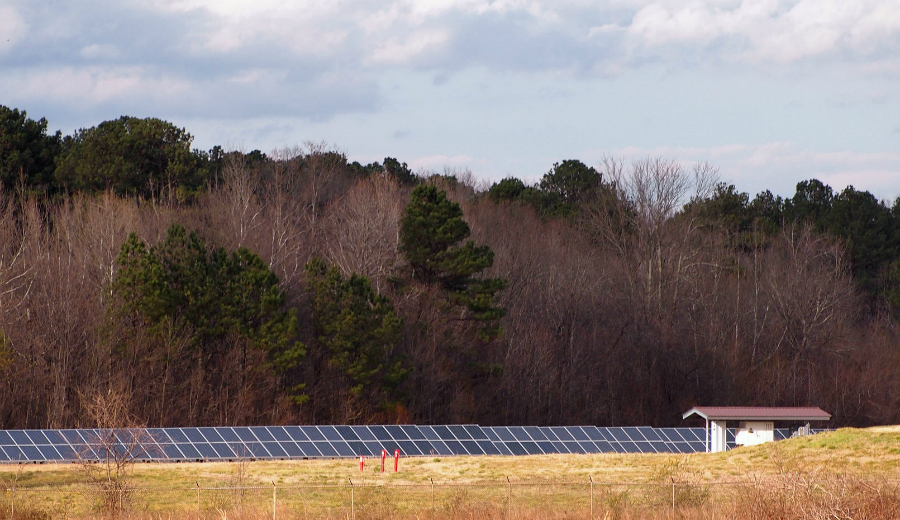 Anheuser-Busch installed a solar array at its Cartersville, Georgia, brewery. Credit: Thomas Cizauskas/CC-BY-NC-ND-2.0