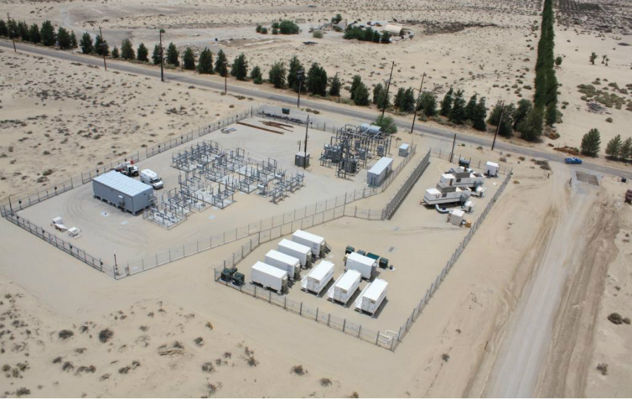 Borrego Springs, a small community in the California desert at the far end of a transmission line, relies on its microgrid for air conditioning when the electricity goes out. Credit: San Diego Gas & Electric.