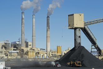 Pacificorp's coal-fired power plant in Castle Dale, Utah. Credit: George Frey/Getty Images