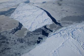 Arctic ice in the Beaufort Sea off Alaska. Credit: Thomas Newman/CICS-MD/NOAA