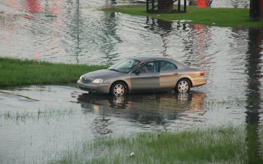 Street flooding in Houston. Credit: Sammy Feldblum/Scalawag Magazine