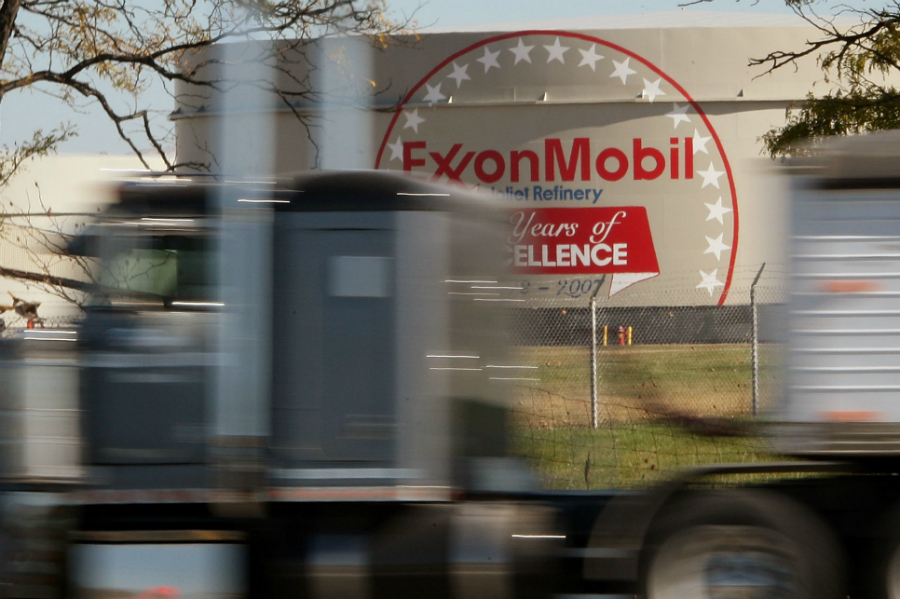 An Exxon refinery. Credit: Scott Olson/Getty Images
