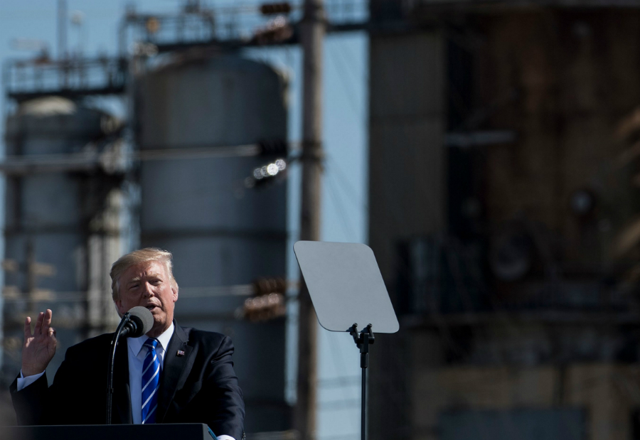 President Trump speaks at a refinery in North Dakota. Credit: Brendan Smialowski/AFP/Getty Images