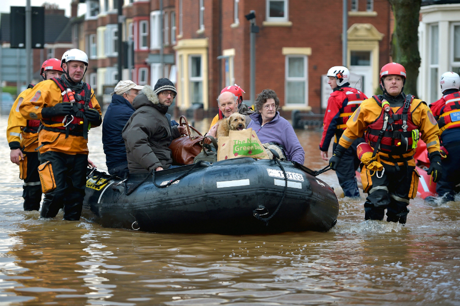 Flooding in Carlisle, England, after Storm Desmond in 2015. Credit: Jeff J. Mitchell/Getty Images