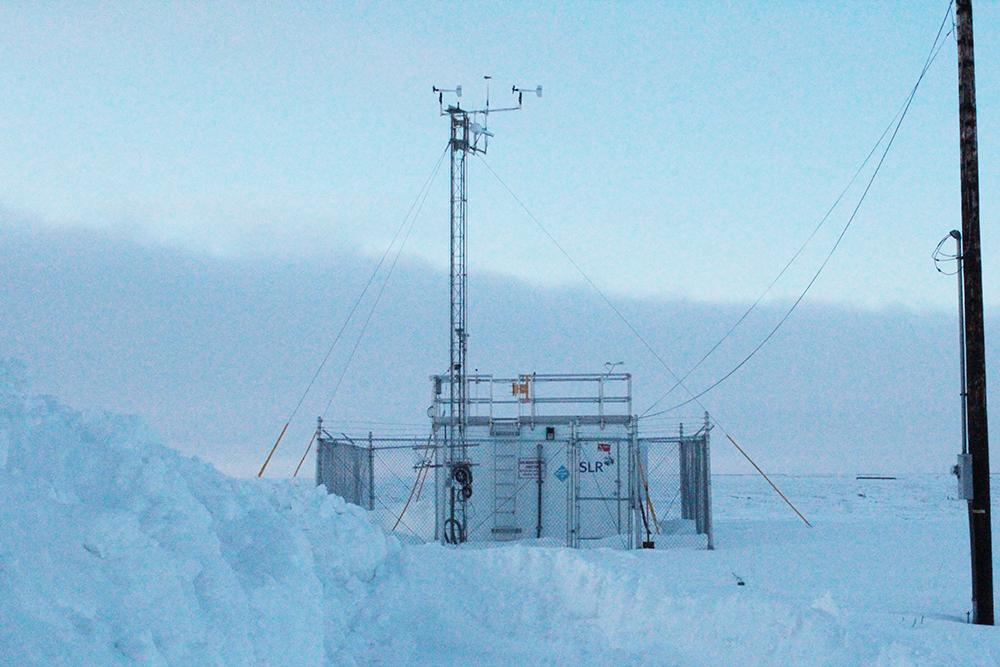 ConocoPhillips' air monitoring station in Nuiqsut, Alaska. Credit: Sabrina Shankman/InsideClimate News