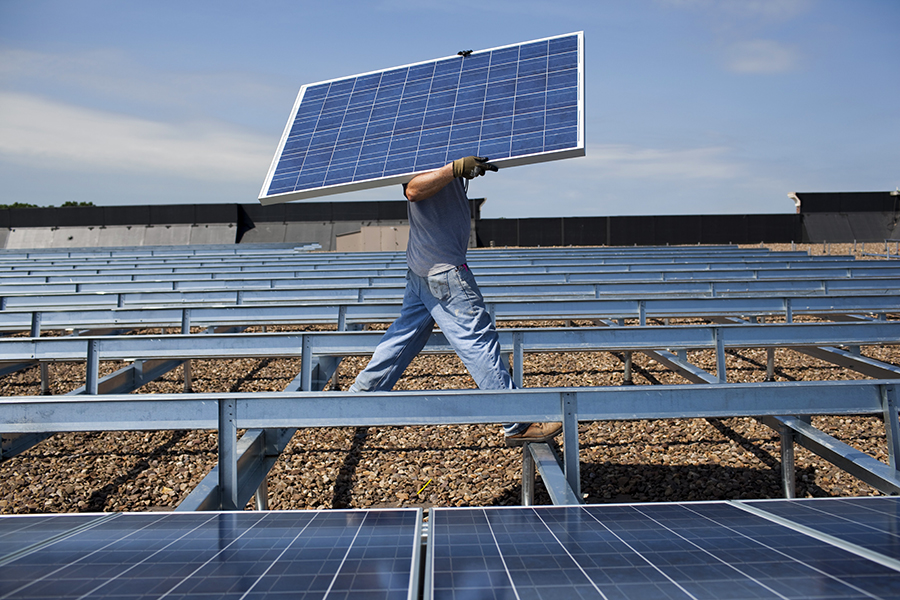 Illinois has a lot of wind power but limited solar capacity. That's about to change fast under an ambitious renewable energy law. Credit: Robert Nickelsberg/Getty Images