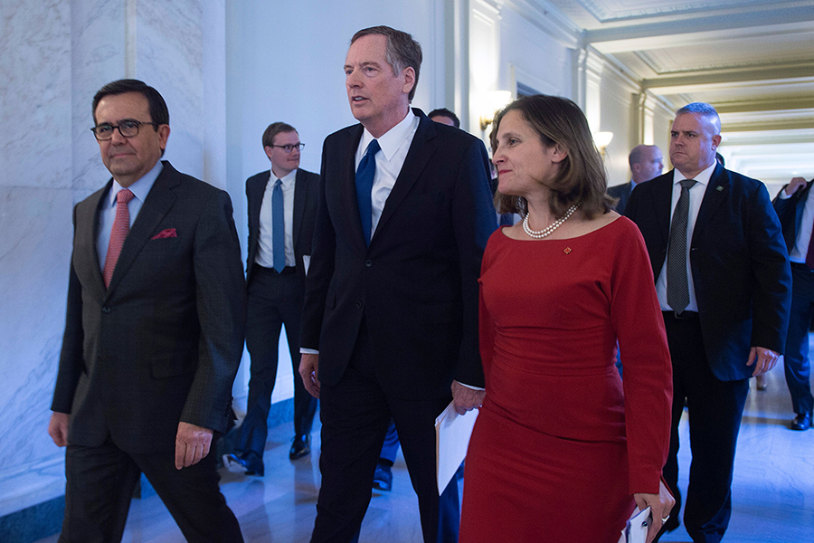 Mexican Secretary of Economy Ildefonso Guajardo Villarreal (left), U.S. Trade Representative Robert Lighthizer, and Canadian Foreign Affairs Minister Chrystia Freeland have been negotiating changes to NAFTA for months. Credit: Ronaldo Schemidt/AFP/Getty I