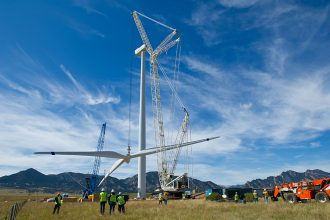 Wind farm construction. Credit: Dennis Schroeder/NREL