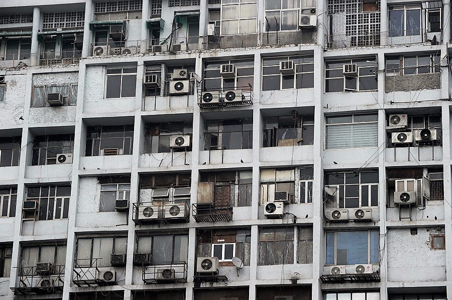 Air conditioning units line a street in New Delhi, India. Credit: Roberto Schmidt/AFP/Getty Images