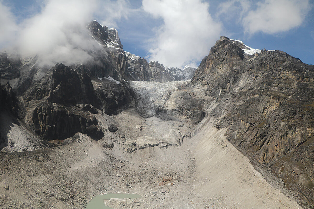 The Lobuje Icefall is now a hanging glacier, having retreated above the cliff. Credit: Kunda Dixit/Nepali Times