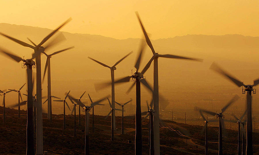 Hawaii already has a 100 percent renewable power goal, but California is the fifth-largest economy in the world and would be the most populous state to require its electricity be carbon-free. Credit: Lee Celano/AFP/Getty Images