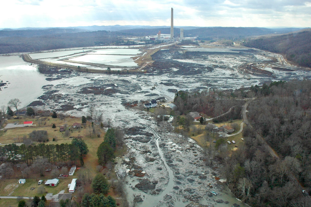 When a levee holding back coal ash from the Tennessee Valley Authority's Kingston power plant broke in December 2008, the flood of ash smothered some 300 acres and spilled into two rivers. Three homes were destroyed and dozens more were damaged. Credit: T