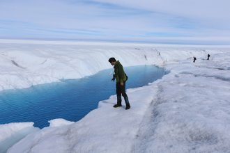 Scientists have been studying changes in melting on the Greenland Ice Sheet and the drivers. Photo: Joe Raedle/Getty Images.