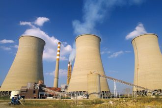 Tennessee Valley Authority voted to close its Paradise coal-fired power plant in Kentucky. Credit: TVA