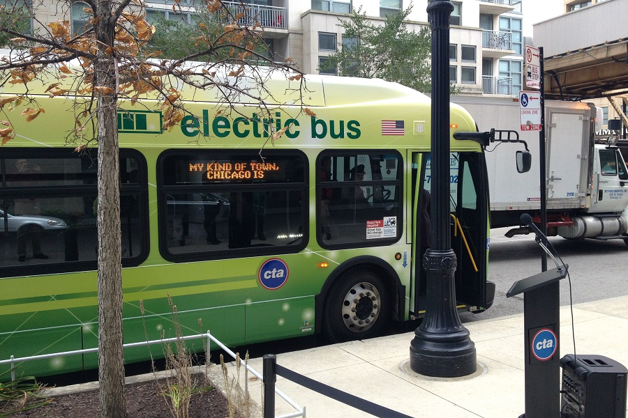 Chicago has been expanding its electric bus fleet and chargers. Credit: David Wilson/CC-BY-2.0