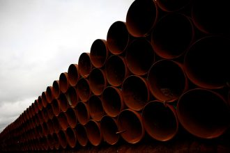 Pipeline intended for Keystone XL is stacked near Cushing, Oklahoma. Credit: Tom Pennington/Getty Images