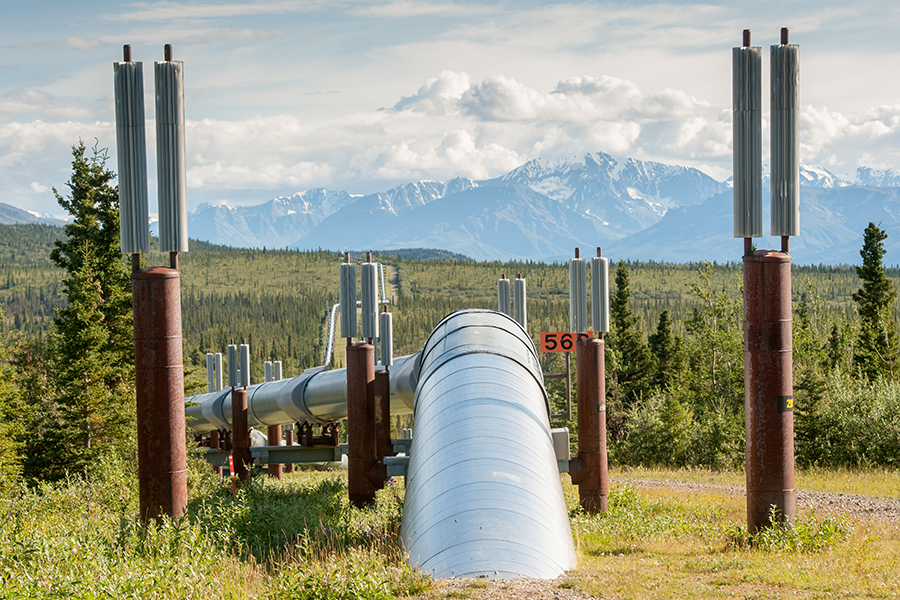 The Trans Alaska Pipeline System carries oil 800 miles through the Alaska wilderness, from the North Slope oil fields at Prudhoe Bay to the port at Valdez. Credit: Edwin Remsburg/WV Pics via Getty Images