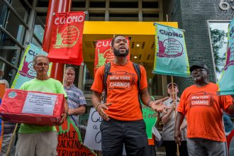 Protesters opposed the Williams Pipeline outside Gov. Andrew Cuomo's Manhattan office on Aug. 7, 2019. Credit: Erik McGregor/Pacific Press/LightRocket via Getty Images