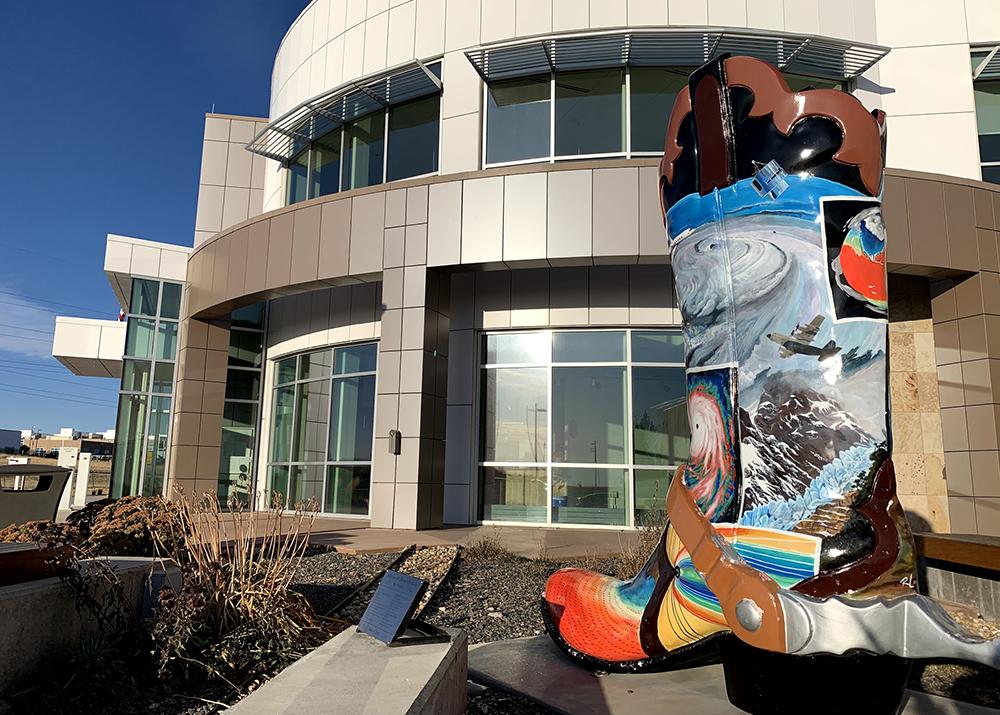 The NCAR-Wyoming Supercomputing Center in Cheyenne, Wyoming. Credit: Judy Fahys