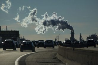 Emissions on the New Jersey Turnpike. Credit: Kena Betancur/VIEWpress/Corbis via Getty Images