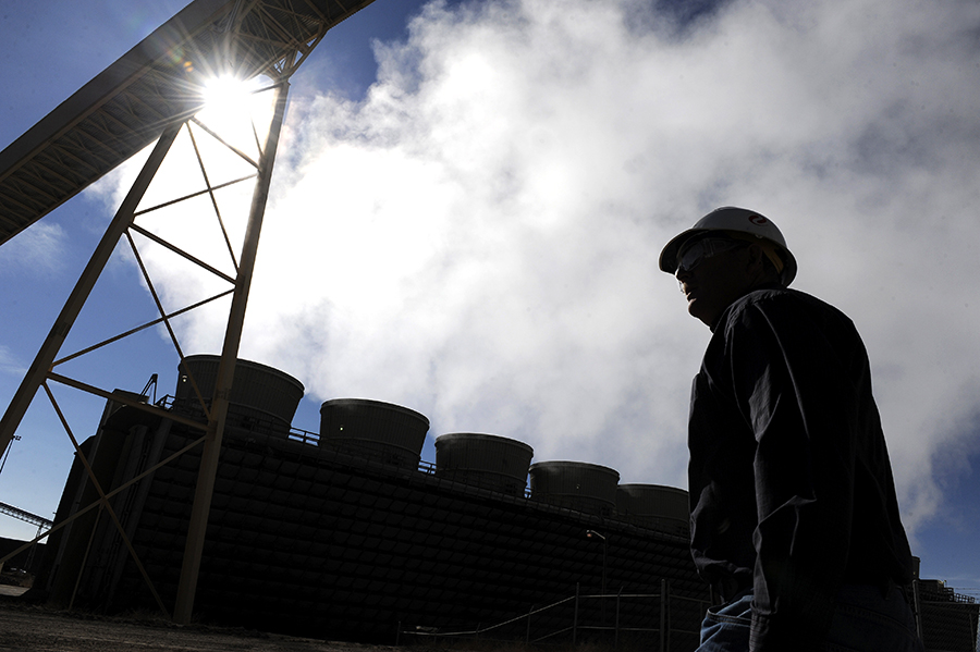 Xcel's Comanche Generating Station, the largest power plant in Colorado, runs on coal. Credit: Andy Cross/Denver Post via Getty Images