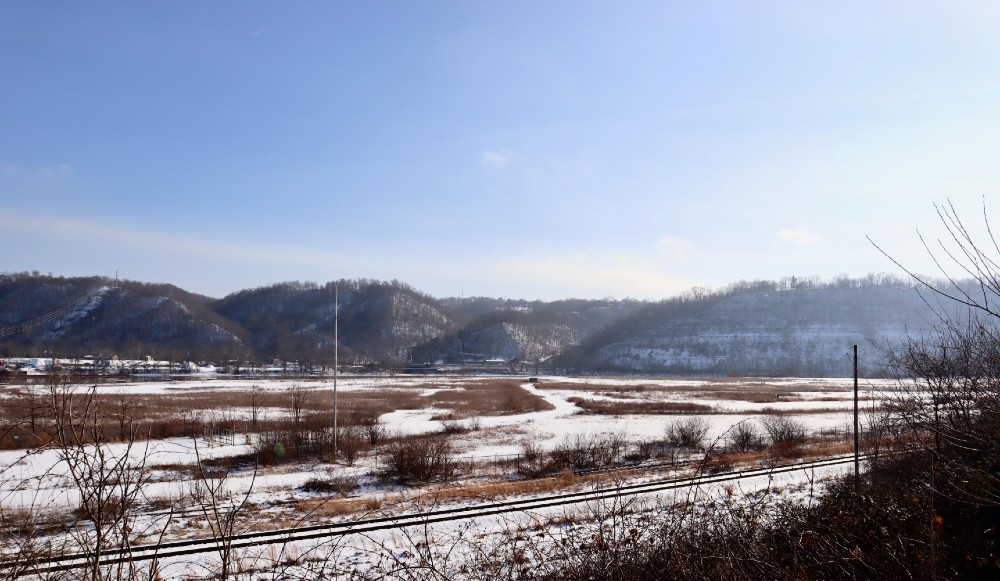 A collaboration between Thailand's PTT Global Chemical America and South Korea's Daelim Industrial has been planning to construct a $5.7 billion plastics manufacturing plant at this site, as it was in February 2019, in Belmont County, Ohio.