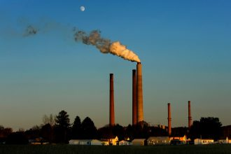 The 750-megawatt Conesville coal-fired power plant in eastern Ohio closed two weeks ago, one of many signals of the decline of coal power. Credit: Michael Williamson/The Washington Post via Getty Images