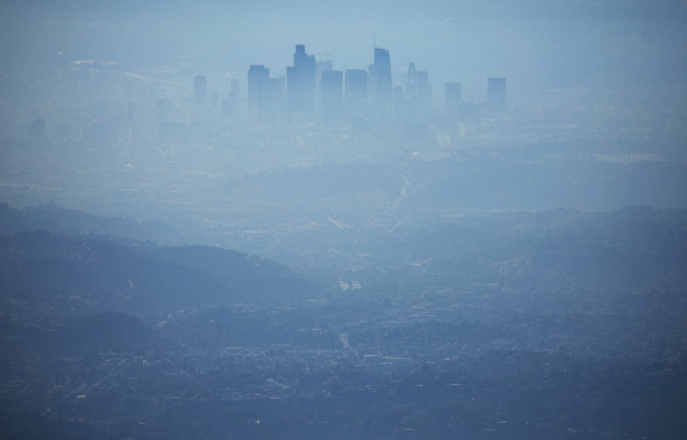 The buildings of downtown Los Angeles are partially obscured by smog at midday on Nov. 5, 2019. Credit: Mario Tama/Getty Images