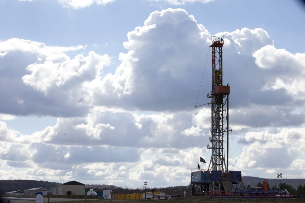A drilling rig is seen just outside Wyalusing, Pennsylvania. Credit: Melanie Stetson Freeman/The Christian Science Monitor via Getty Images