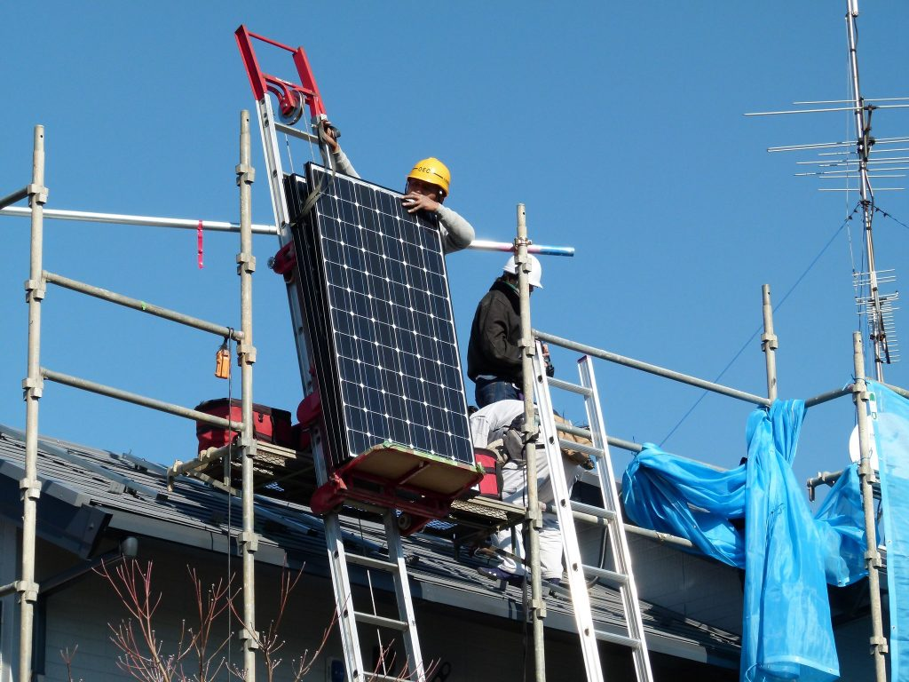 The rooftop solar industry third-leading company, Tesla, is taking a lowest-cost approach to appealing to customers. Credit: CoCreatr/flickr